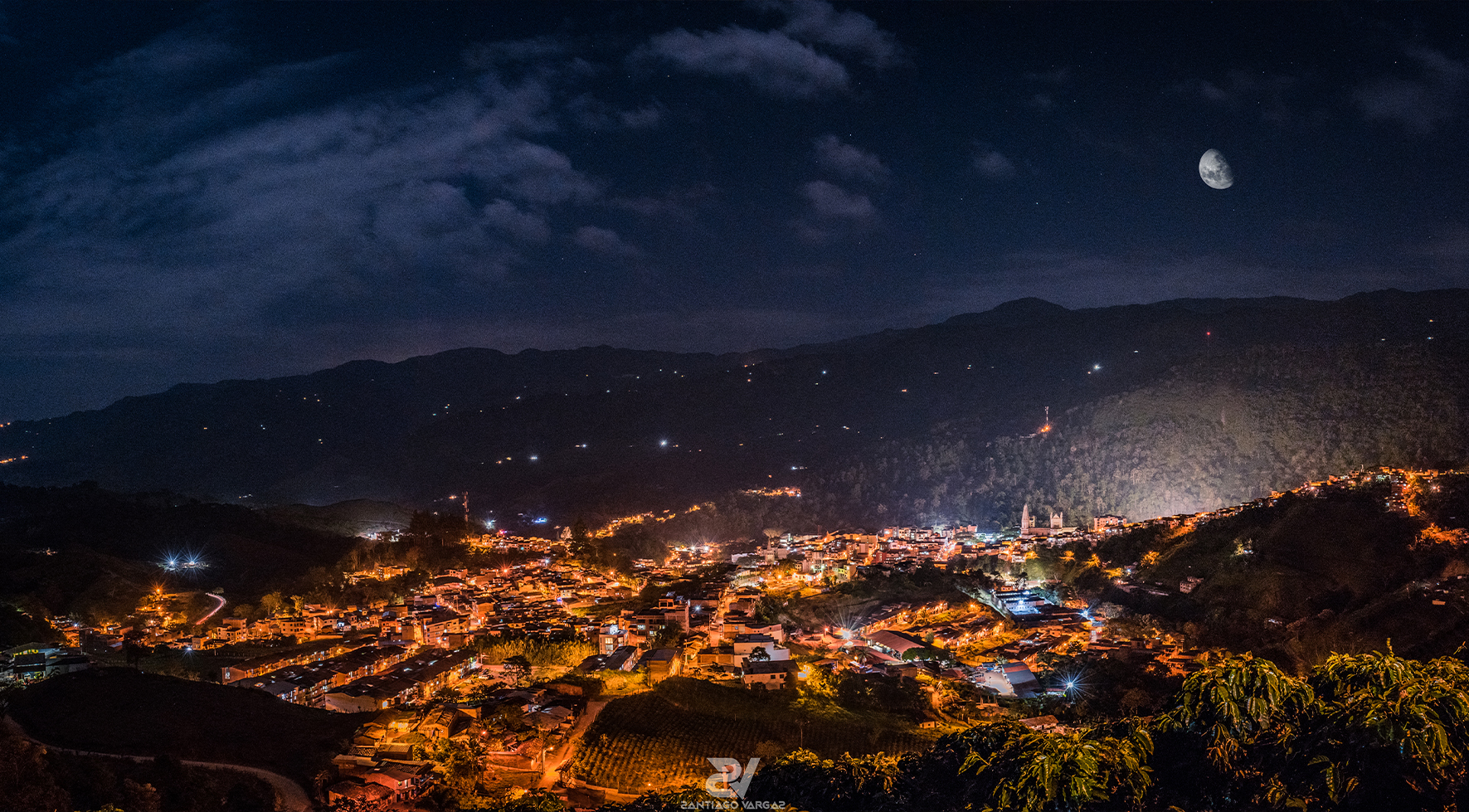 ANDES NOCTURNA